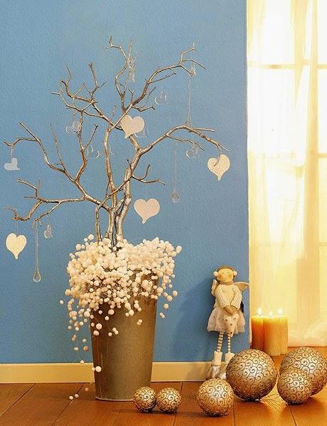 Icono interiorismo arboles de navidad hechos con ramas secas - Arboles de navidad adornos ...