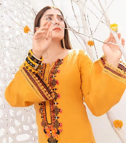 Ayeza Khan New One Photoshoot For Winter Collection 5