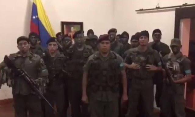 Militares se rebelam no norte da Venezuela; governo diz que foram rendidos