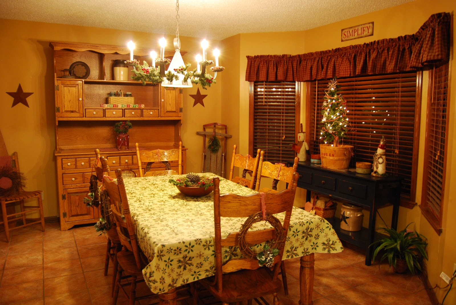 Country Girl At Home: ♥ A Cozy Christmas Tour (The Dining