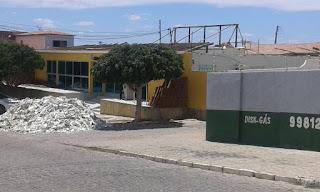 Aldemir diz que decretou recesso no Legislativo Picuiense para recuperar teto da Câmara que poderia desabar