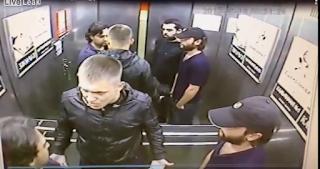 Ρώσος τσακίζει 3 αλλοδαπούς που τον απείλησαν μέσα σε ασανσέρ