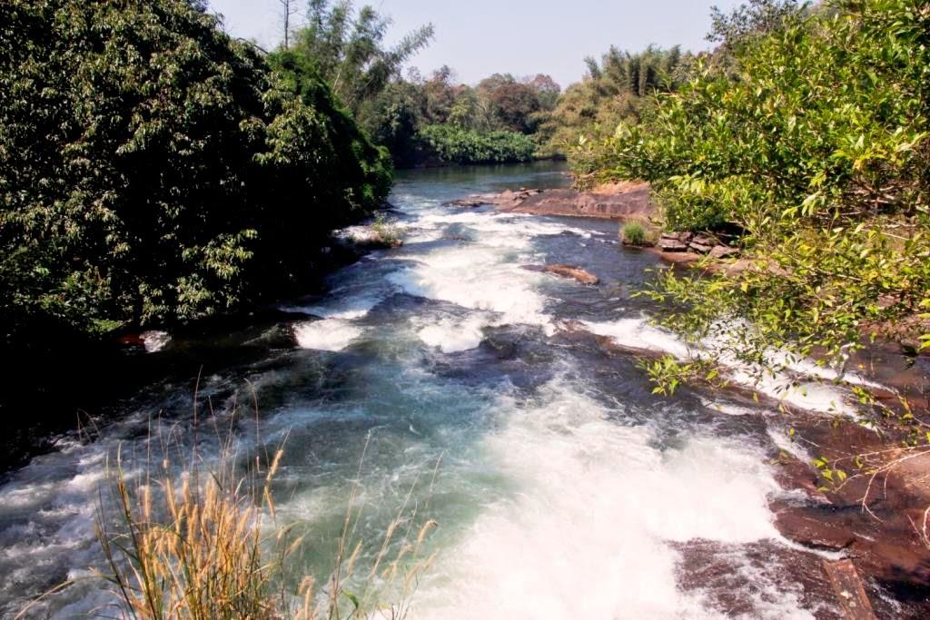 water falls tamil nadu