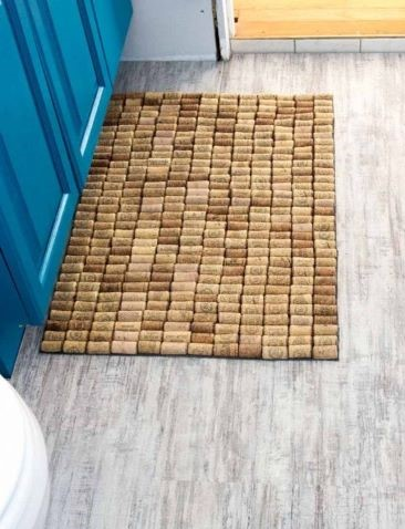 DIY homemade bath mat is a great way to upcycle or recycle wine corks
