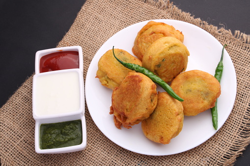 Batata vada recipe | Aloo bonda recipe | Potato bonda | Bonda recipe
