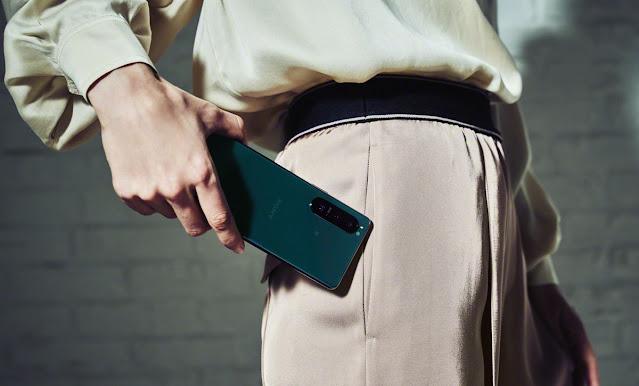 So sánh thiết kế - cấu hình của Sony Xperia 1 III và Xperia 5 III