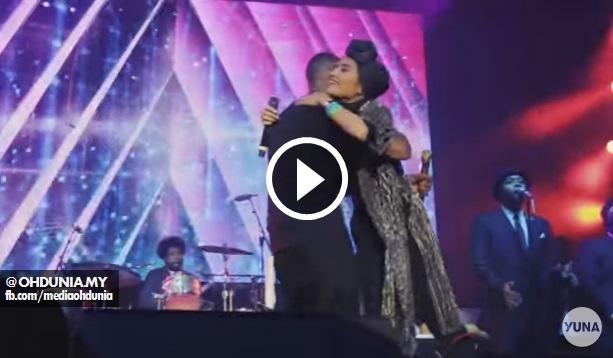 Foto Dan Video: Penyanyi Yuna Peluk Usher Cetus Kontroversi