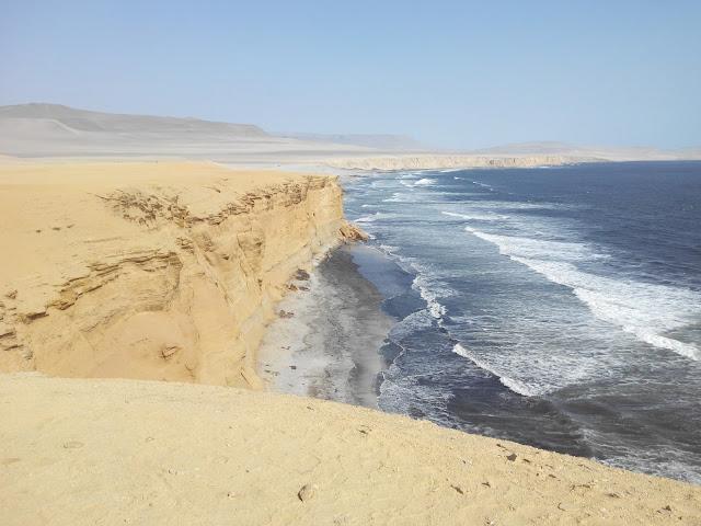 Playa de Supay, desierto de Paracas