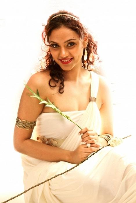 Rupa Manjari Latest Photoshoot HD Images