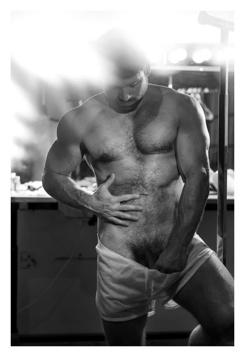 BeaU ButleR, by James Loy (NSFW)