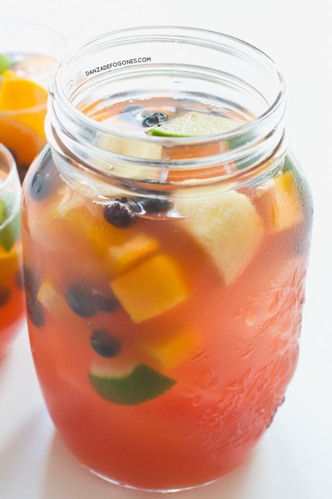 Healthy Sangria without alcohol | danceofstoves.com