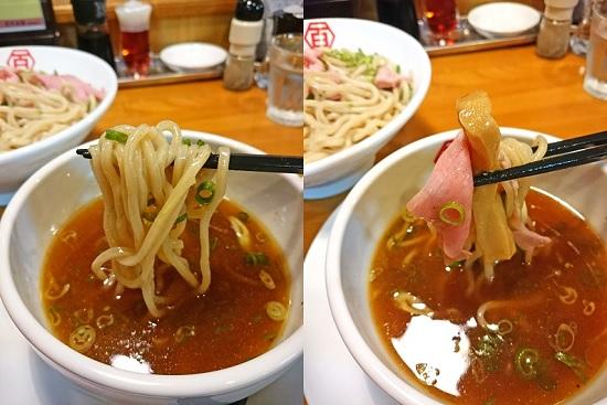 醤油肉汁つけ麺(普通)の中太麺とトッピングの写真