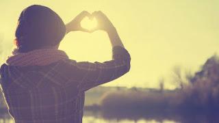 Cerpen Karna Cinta Aku Bertahan