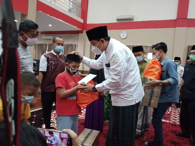 DPRD Kabupaten Pangandaran Menggelar Acara Santunan Anak Yatim dan Piatu di Bulan Ramadhan 1442 H