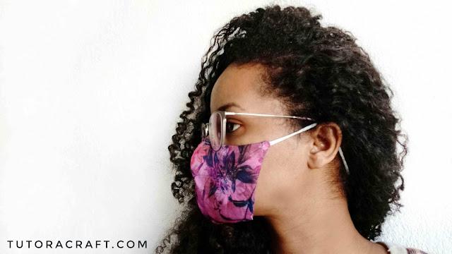 Máscara protetora modelo de um elástico só