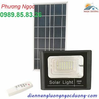 Đèn LED pha năng lượng mặt trời 20W,25W, đèn sân vườn năng lượng mặt trời Spotlight-garden-lights-25W-Solar-powered-led.jpg
