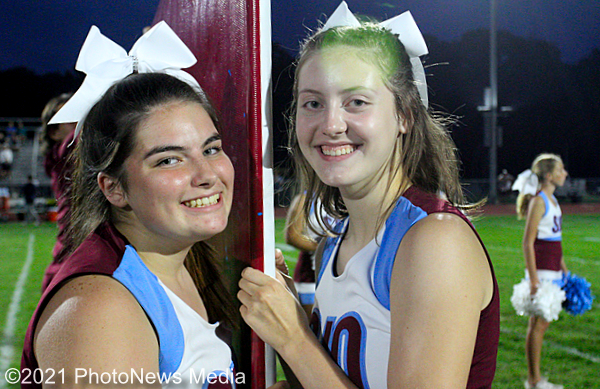 SJO cheerleaders Alexis and Emily