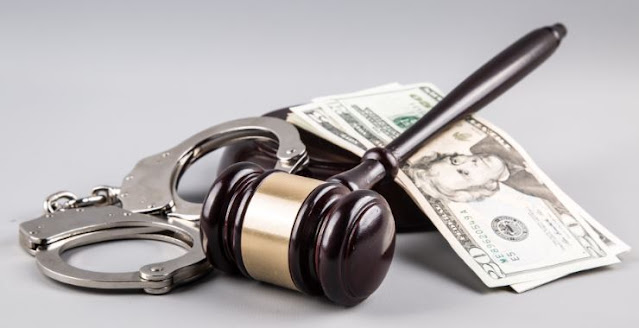 businesspersons charged white collar crimes