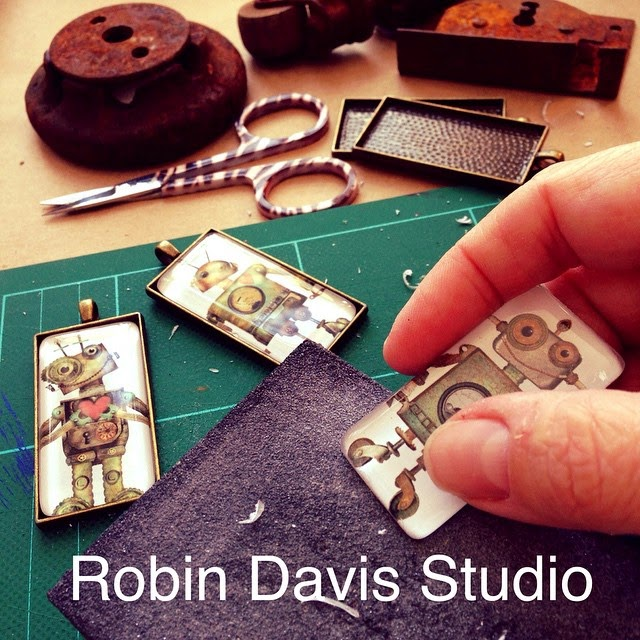 making Robot necklaces - Robin Davis Studio