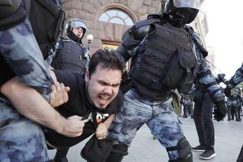 Німеччина: затримання на протестах у Москві порушують міжнародні зобов'язання Росії
