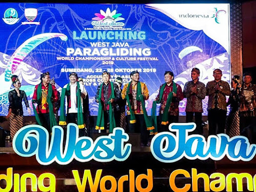 Launching West Java Paragliding 2019