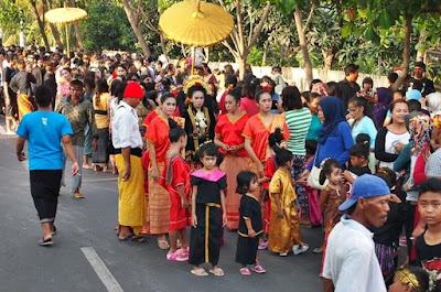 they're already on the marriage customary traditions pamah Sasak Lombok