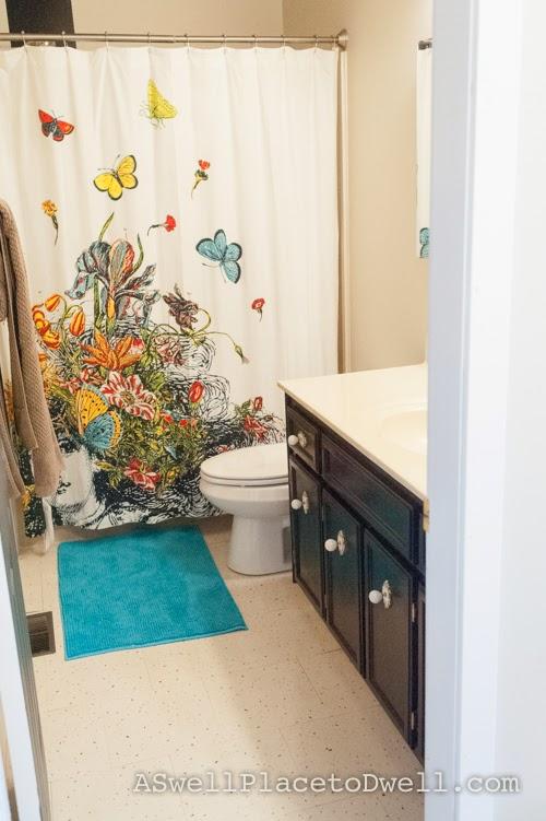 Painter's Touch High Gloss Black on bathroom vanity  #paint #bathroom