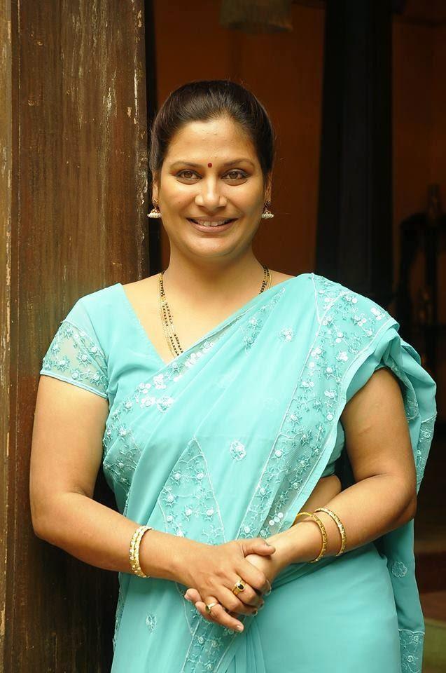 real aunty hot tamil