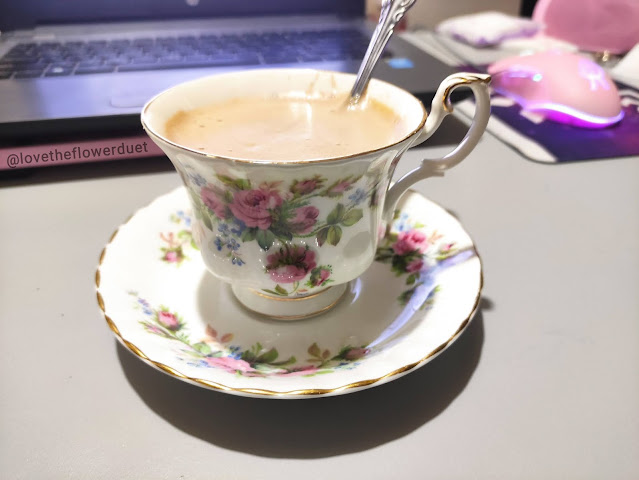 royal albert moss rose tea cup