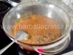 Tort de zahar ars preparare reteta caramel - topim si amestecam cu lingura