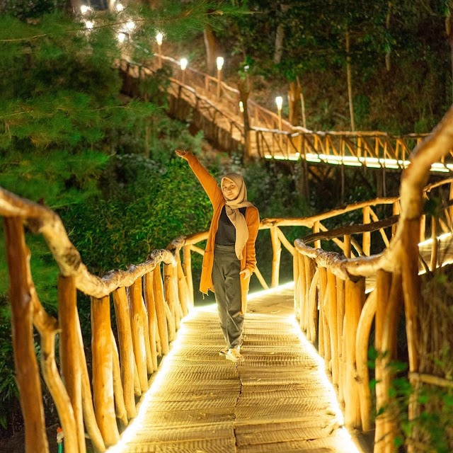 Suasana baru di Wisata Seribu Batu Songgo Langit Jogja Malam Hari