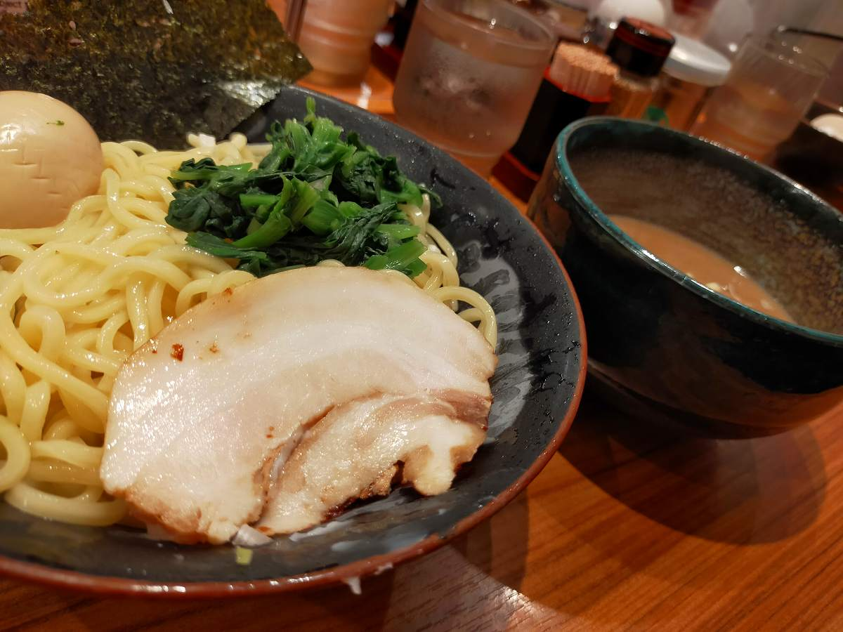 壱角屋夏限定のつけ麺。