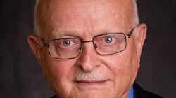 Tiểu sử của David Ivry:  chủ tịch của Boeing chi nhánh Israel