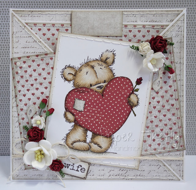 Romantic criss cross card design featuring cute bear with big heart (image from LOTV)