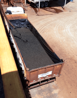 Caminhão lodo seco eta