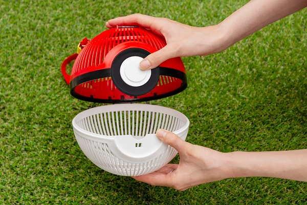 Tangkap Serangga Sungguhan Dengan Pokéball Bug Cage