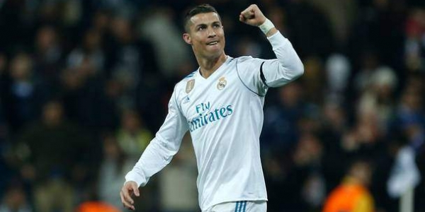 Image of Cristiano Ronaldo Give Response To His Fans