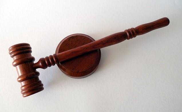 foto martillo de juez datos de abogados