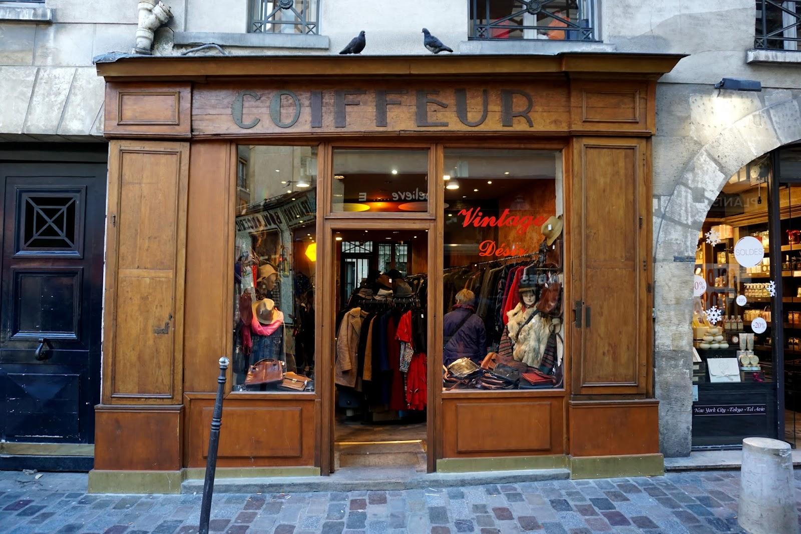 0226ba7b0a Dzisiaj mam coś nie tylko dla zakupoholików  ) Paryż bez wątpienia jest  jedną z europejskich stolic mody. To tutaj