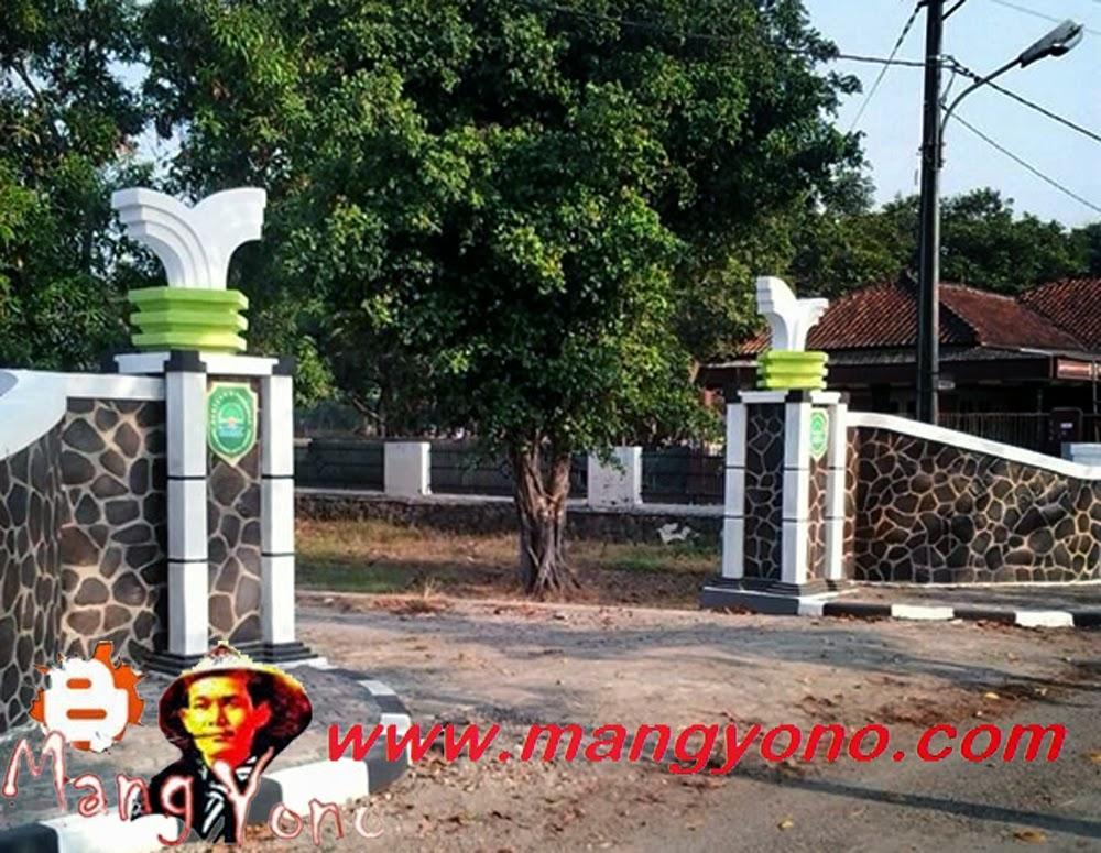 Gerbang dan Gapura Desa Margahayu, Kecamatan Pagaden Barat. Poto jepretan Kang Nugraha Aye-Aye, Facebooker Subang ( FBS )