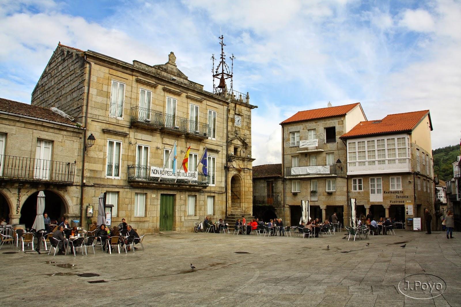 Plaza Mayor de Ribadavia