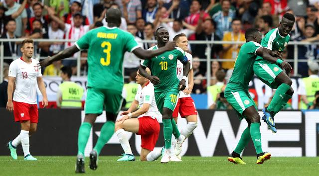Senegal memanfaatkan kesalahan Polandia