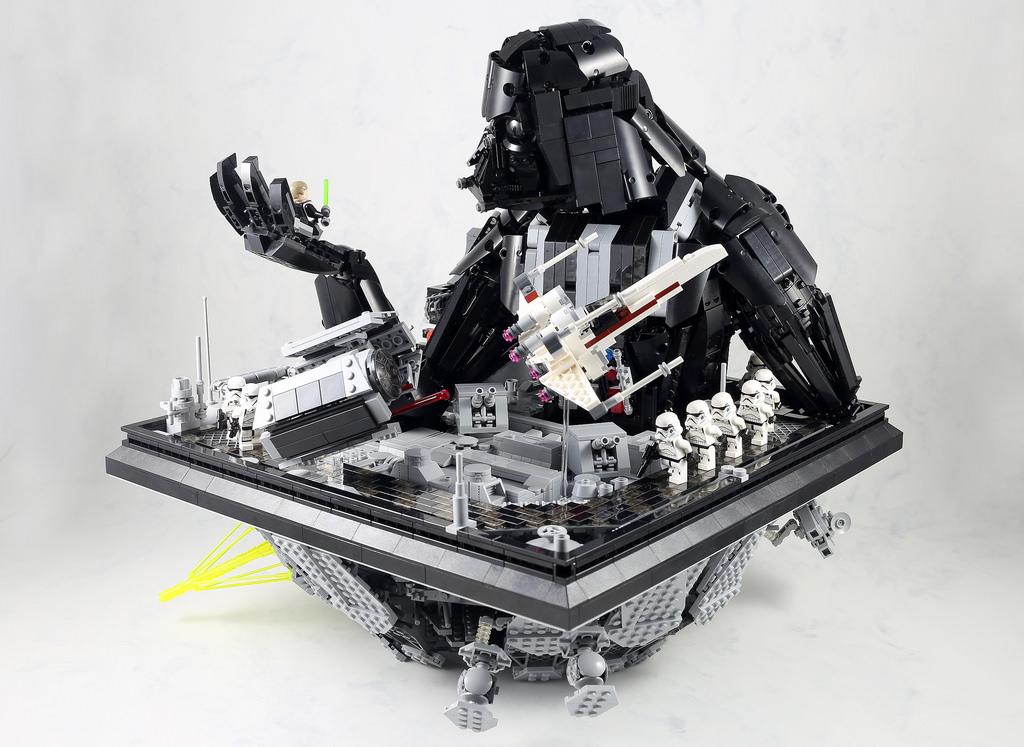 Super punch star wars lego sculpture - Lego star warse ...