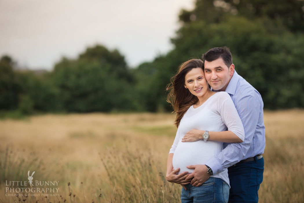 Natural lifestyle pregnancy photography in East London and North London