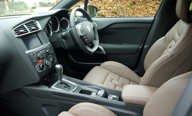 citroen ds4 review dsport hdi 160 automatic. Black Bedroom Furniture Sets. Home Design Ideas