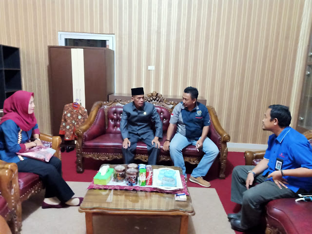 Ketua DPRD Terima Kunjungan Kepengurusan PWI Way Kanan