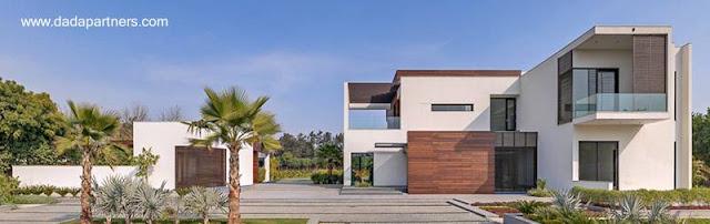 Casa residencial de dos plantas estilo Contemporáneo en la India
