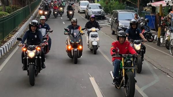 Ditilang karena Lampu Motor Tak Nyala, Mahasiswa: Kenapa Jokowi Tak Ditilang?