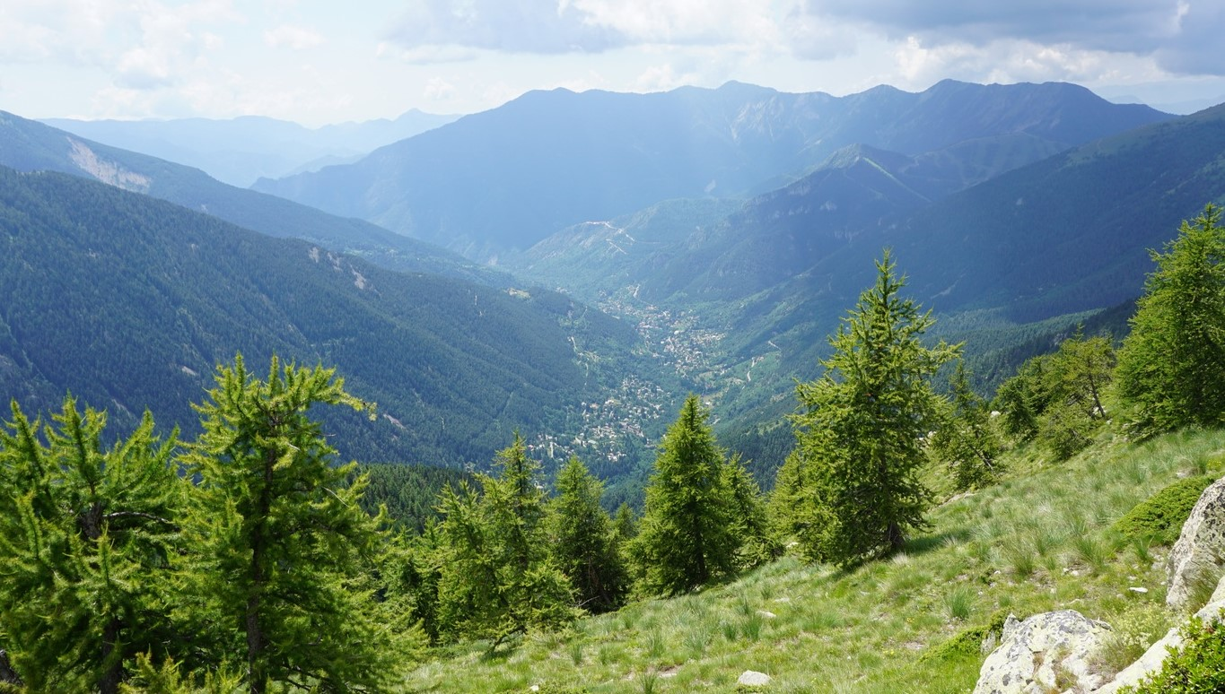 Vésubie Valley seen from Serre Long