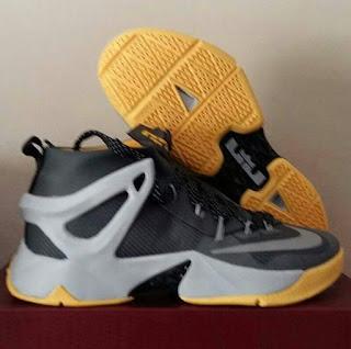 Sepatu Basket Nike Murah , Sepatu Basket Murah, Sepatu basket premium,